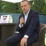 Direbus firma un acuerdo con la correduría PERIS