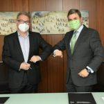 Firmado el contrato TMB-Iberdrola para la primera planta de hidrógeno de uso público de España
